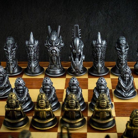 Biomechanic Chess Set Printed.