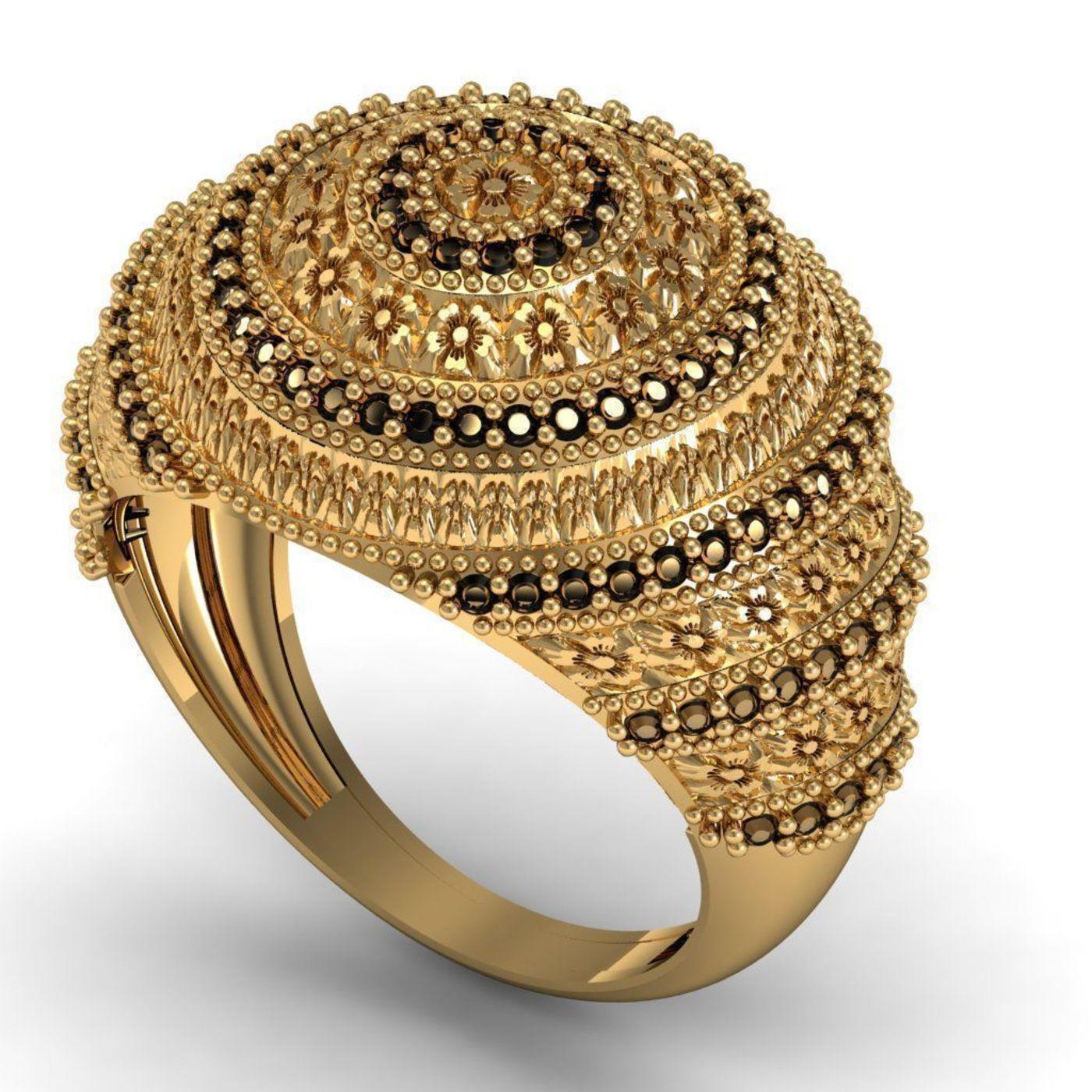 ring& medal@brooche