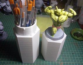 3D printable model Miniature Brush Holder with locking