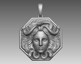3D printable model medusa pendant necklace