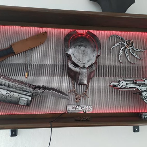 Predator  Wall Decoration