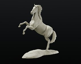 Horse on hind legs intended for 3d printing