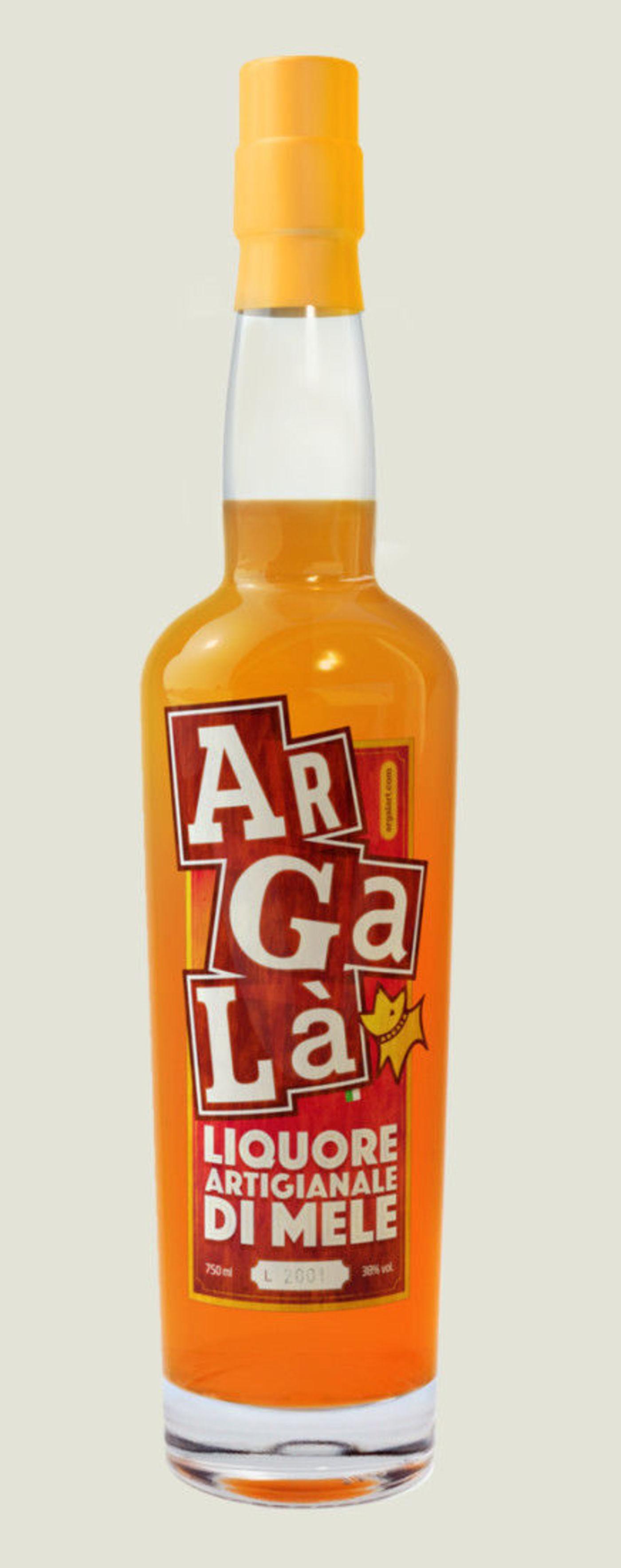 Simple liquor bottles