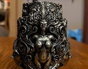3D printable model Ornate pen holder 3