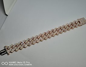 Model Cuban Chain Bracelet and Necklace