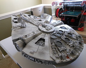 Millennium Falcon battlestar 3D printable model