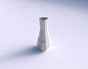 3D printable model Vase puffy triangle with large plates
