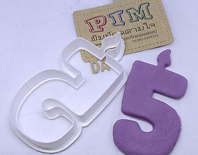 3D printable model 4 inches candle number 5 cookie cutter